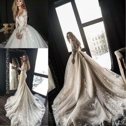 wedding dresses covering shoulders Promo Codes - 2018 Gorgeous Designer Mermaid Wedding Dresses with Detachable Train Arabic Dubai Off the Shoulder Long Sleeves Lace Wedding Bridal Gowns