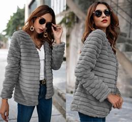 moda casacos de pele mulheres Desconto Nova marca de moda Falso Faux Fur Jacket Furry Costura de Luxo das Mulheres Mais Grosso Quente Faux Fur Coat FS5185