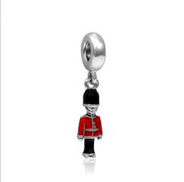 Wholesale Pandora Royal - Red Black Enamel British Royal Guard Charms Beads Drop Pendant Jewelry Sets Sold Wholesale Dangle Charms for European Fit Pandora Bracelets