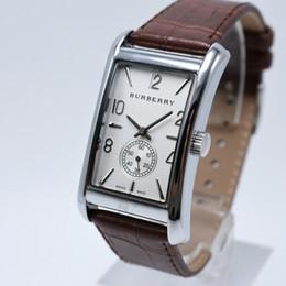 Alta calidad hombre reloj 2018 recién llegado militar rectangular masculino  reloj de primeras marcas para hombre reloj de pulsera mujeres vestido de  cuarzo ... e469945e48f0