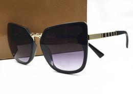 Wholesale unique cat - 2018 New Color Women Sunglasses Unique Oversize Shield UV400 Vintage eyeglasses frames italy design come with box
