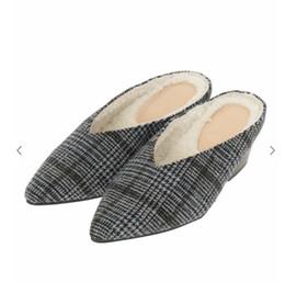 Argentina Mujeres Otoño Zapatillas de tela de rejilla Punta estrecha Algodón sintético Zapatos cómodos Tacón medio Nuevo Mocasines Moda Shallow Lady mocasines Suministro