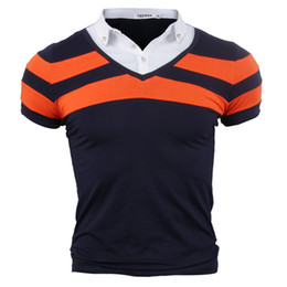 Sprengkragen online-Explosive Herrenbekleidung Männer Casual Kurzarm-T-Shirt gefälschte zweiteilige dünne Hemdkragen Farbabstimmung POLO-Shirt