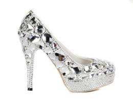 Argentina 14 cm de lujo de diamantes zapatos de boda de plata de encargo hacen más el tamaño de tacón alto hecho a mano puro zapatos de señora Party Prom tacones altos 2019 verano cheap diamond silver prom shoes Suministro