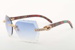 Lentes de cores naturais on-line-2018 novos óculos de sol de madeira da cor natural 8300817-A óculos de sol de grande diamante do diamante da lente da ...