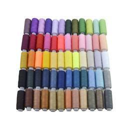 Canada 60 couleurs polyester boîte à fil à coudre ensemble kit de couture bricolage pour les aiguilles de la machine à main Offre