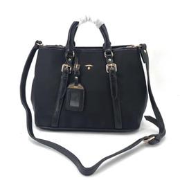 2019 imballaggio originale del telefono mobile 2019 impermeabile orignal tote bag in pelle di vacchetta moda borsa a tracolla tote borse presbite borsa messenger bag qualità eccellente