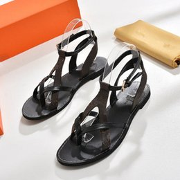 Wholesale Box Broken - MUST-HAVE Branded Women Print Leather&Canvas Flat Sandal City Break Designer Lady Slender Straps Leather Sole Sandal Packed Box Size EU35-42