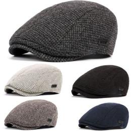 Boinas de algodón hombre online-Hombres Cálido Invierno Algodón de punto Gatsby Crochet Cap Conducir Sombrero para el sol Sombrero Cabbie Beret Vendedor de periódicos Ivy Hat