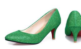 Boca de luz vermelha on-line-Pacotes enviados pelo novo 2015 multa casar apontou sapatos de salto alto com a noiva na sexy luz verde vermelho boca sapatos de casamento # 1