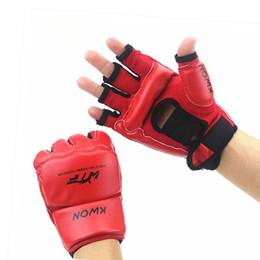 sparring gear niños Rebajas Guantes de entrenamiento de sacos de arena para niños / adultos de Half Fingers Sanda / Karate / Muay Thai / Taekwondo Protecto