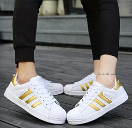 Wholesale Three Floor Fashion - Free shipping SUPERSTAR Shell toe men's sneakers women's lover running shoes fashion casual shoes Three bars sneaker Gym shoes