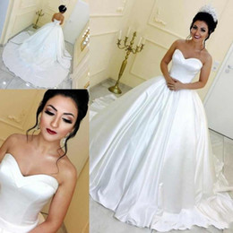 simple satin sweetheart white wedding dress Promo Codes - Simple Cheap Vintage Arabic A Line Bridal Gowns Wedding Dresses Sweetheart Sleeveless Satin Court Train Button Back Plus Size Formal Bride