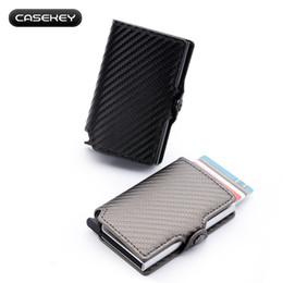 billige passbörsen Rabatt Carbon Fiber PU Leder Kartenhalter Brieftasche für Mann Multifunktionale Halter Kreditkarte ID Geldbörsen für Frauen Bank Metall