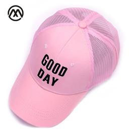 2018 moda infantil de verano sombrero para el sol gorras de béisbol niños y  niñas visera hip hop sombrero rejilla Snapback béisbol gorra de malla  ajustable a1ec6e7075f