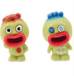 Brinquedos voodoo on-line-(Yandex) squishy Furando a língua para fora da boneca de vodu criativo extrusão novidade de ventilação Engraçado crianças interagindo squeeze brinquedo