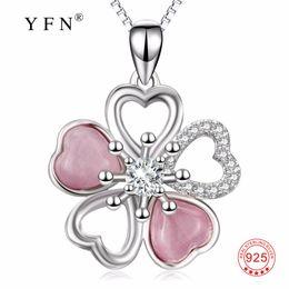 PYX0363 100% Fine 925 Sterling Fleur En Argent Cubique Zircone Pendentifs Colliers De La Mode Amour Coeur De Luxe Bijoux Pour Les Femmes ? partir de fabricateur