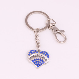 Wholesale lobster clasp for key chains - High Quality Key Chain Lobster Clasp For Women Sparkling Crystals Heart Shape Charm WRESTLING Drop Shipping