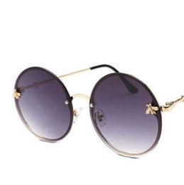 Occhiali da sole rotondi Occhiali da sole vintage designer di marca Occhiali da sole rotondi da donna da uomo retrò grandi in metallo a forma di ape con oculos circolari da cerchio occhiali cornici uomini fornitori