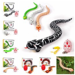 Wholesale Ch Toy - IR RC Animals Rattlesnake Snake Centipede Bionic Reptile CH Infrared Remote Radio Control Snake Tricky Joke toy KKA3667