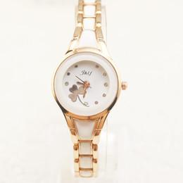 2019 relógio tendência meninas Tendência da moda coreana pulseira pulseira relógio simplificado edição coreana trevo menina estudante relógio atacado fábrica desconto relógio tendência meninas