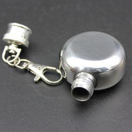 Vasi di pesce online-1 oz tazza di acciaio inox vaso di vino piccolo portatile rotondo fiaschetti chiave fibbia bottiglia necessaria per gli uomini di viaggio campo di pesca 6 5td jj