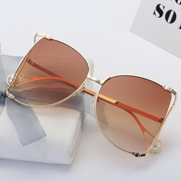 Wholesale pearl shade - 2018 Luxury Brand fashion butterfly Cat Eye Women Sunglasses Pearl oversized sunglasse Square Sun Glasses Ladies Gradient Clear Shades