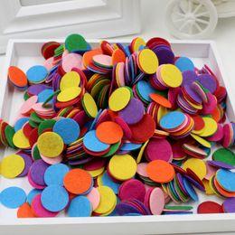 Patch de tecido redondo on-line-200 pçs / lote DIY 1.5 cm rodada almofadas de feltro círculo roupas de tecido acessório inteligência brinquedos patches coloridos seguir acessório