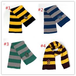 Bufanda de la universidad de la moda más nueva 4 colores Bufandas de Harry Potter Gryffindor Series Bufanda con la insignia Cosplay Bufandas de punto Disfraces de Halloween desde fabricantes