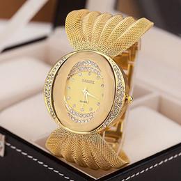 Canada Style national montre-bracelet tressé à la main multicolore bracelet de couleur pour les femmes casual bande de ruban de ruban de quartz montre supplier ribbon style bracelet Offre