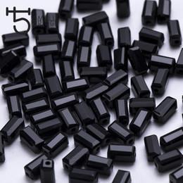 glaswürfelperlen Rabatt 2 * 4mm kleine facettierte schwarze Glasperlen für Schmuck machen Kostüm Dekoration Frauen Diy Perles lange Cube Perlen Großhandel Y002