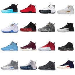 1ec5ac0fac6f Nike Air Jordan 12 12 s Michigan XII Mans Basket-ball Chaussures Sneakers  Rouge Black Taxi Playoffs Gamma Bleu Gris Sport Chaussures De Course Pour  les ...