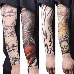 Нейлоновые чулки мужчины онлайн-New arm warmer Nylon Elastic Fake Temporary Tattoo Sleeve Designs Body Arm Stockings Tatoo for Cool Men Women