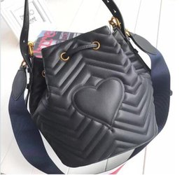 Wholesale Quilted Crossbody Bag - Fashion Italy Women Quilted leather Crossbody bag Ladies Plaid Handbag Shoulder Bucket bag Messenger Bag