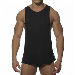 Wholesale muscle tank tops men - Men Bodybuilding Sexy Tank Top Fitness Sleeveless Vest Shirt White Black Muscle Tops Hot Solid Male Cotton Fashion