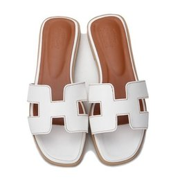 Wholesale Korean Fashion Slippers - 2018 Korean version of H slippers, summer fashion, wear a flat bottom lady's cool slippers.