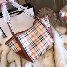 Borsa casuale dello zaino dei sacchetti di spalla online-2018 tote bag donne borsa trasporto libero superiore famosi designer zaino zaino donne borsa da viaggio borsa della spesa di spalla casuale
