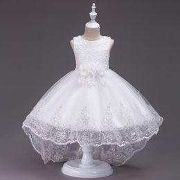 Vestito sleeveless lungo floreale di modo online-Vestiti lavorati a crochet floreali di modo lungo bianco del merletto per il vestito da TuTu di qualità superiore della ragazza di fiore per la ragazza