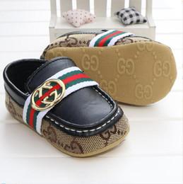 17d5cc8a40fe1 vente chaude bébé mocassins en cuir PU enfant en bas âge premier marcheur  chaussures à semelles souples pour nouveau-nés 0-1 ans bébé garçons  Sneakers vente ...
