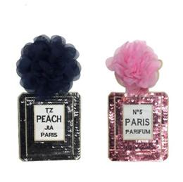 Fiori cuciti online-Patch di paillettes nero rosa con fiore cucito a mano su modello di bottiglia Purfume Abbigliamento moda Appliques Accessori strisce fai da te