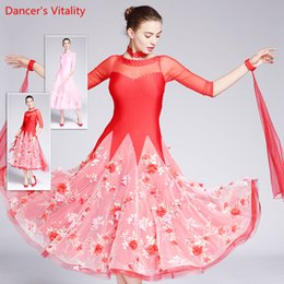 swing dance Sconti 2018 New Ballroom Dance Dress Mezze maniche in velluto Big Swing Abiti Lady Latin Waltz Tango Costumi di danza
