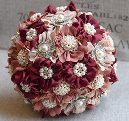 Wholesale Cheap Bouquets For Weddings - Vintage Burgundy Pearls Wedding Bouquets 2018 Crystal Beaded Flowers For Bride Wedding Party Free Shipping Cheap Designer Silk Satin