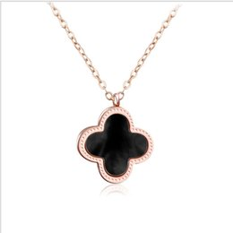 Wholesale Charm Manufacturers Wholesalers - Lucky clover necklace manufacturers jewelry wholesale stainless steel pendant clavicle chain clavicle chain