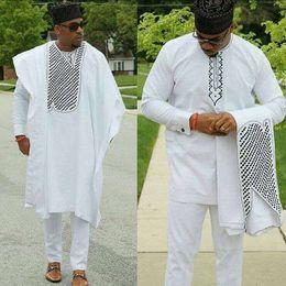 Vêtements africains de broderie en Ligne-moda hombre vêtements africains dashiki bazin riche costumes tops shirt pantalon 3 pièces ensemble broderie blanc africain vêtements pour hommes