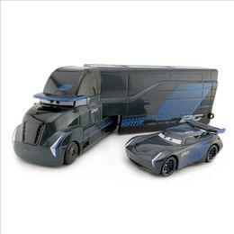 Nuovi camion di giocattoli online-Fashion Cars 3 Jackson Storm Trasportatore Jackson Storm in lega Toy Car modello di camion per bambini regalo 1:55 giocattoli di marca NUOVO