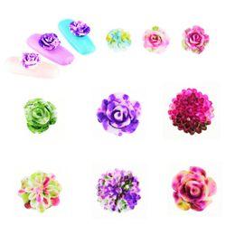 Flores de resina de arte de uñas online-Diseño para uñas 3D Rose Flower Nail Art Charm Beads Consejos de resina de colores Rueda de manicura pegatinas arte 3d plata 9021