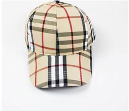 e2370e1ec6d86 Las gorras de béisbol clásicas a gran venta de la tela escocesa visera del  recorrido de los hombres y de las mujeres sombrero de Sun casquillo de  tenis ...