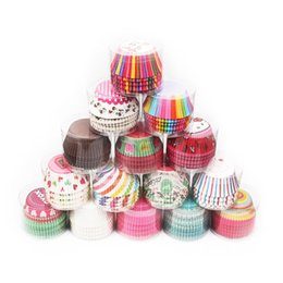 Wholesale cup cake packaging - Environmental Mini Cake Paper Foil Resistance High Temperature Chocolate Baking Paper Cupcake Independent Packaging 100 PCS Lot More Style
