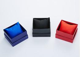 Бесплатная доставка 30 шт. наручные часы подарочная упаковка бумажные коробки с подушкой красный синий черный часы дисплей часы держатель упаковка Box Бесплатная доставка от