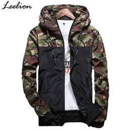 Wholesale fitted outerwear - LeeLion 2018 Autumn Camouflage Jackets Men Fashion Hooded Bomber Coat Slim Fit Male Windbreaker Casual Brand Clothing Outerwear